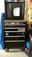 Mastercraft toolbox with Pop-up backing