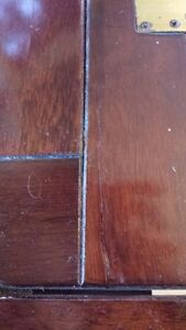 OLD WOODEN BUTLER TABLE price drop West Island Greater Montréal image 9