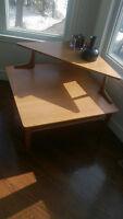 Vintage,rétro, table de coin en bois