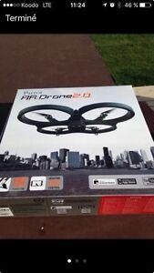 Drone Parrot AR 2.0 + 2 batteries neuves