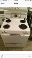 "Really Cool Retro 30""stove  great working order @ THE WISE SHOP"