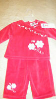 Baby Girl's Velour Outfit--NEW