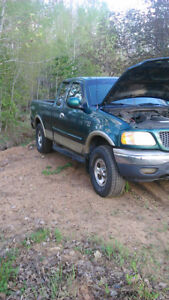 2000 f150  TRUCK NOT FOR SALE JUST PARTS