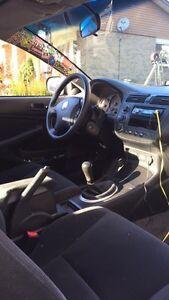 2003 Honda Civic LX Coupe | Summer tires & Winter  Oakville / Halton Region Toronto (GTA) image 3