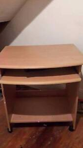 Beautiful Office Chair and Desk Great Condition Neutral Bay North Sydney Area Preview