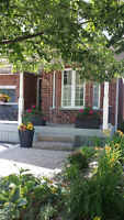 Hot Hespeler home, fin walk-out bmt to nice outdoor living space