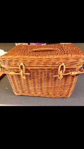 Vintage picnic basket  Kitchener / Waterloo Kitchener Area image 1