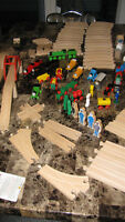 103 Pc.Thomas The Tank Engine & Original Brio Wooden Train Set