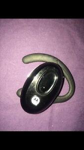 Motorola H730 Bluetooth Headset Kingston Kingston Area image 3