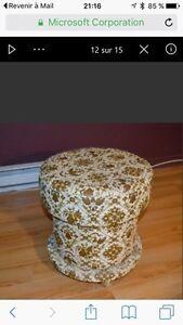 Pouffe servant de pouffe et serrer vos objets de couture