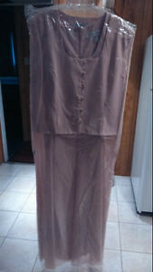 DRESS BY ALFRED SUNG-SIZE 22