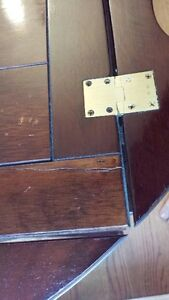 OLD WOODEN BUTLER TABLE price drop West Island Greater Montréal image 7