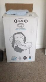 GRACO SNUGFIX CAR SEAT