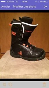 Firefly Snowboard Junior Boots men size 6.5 -bottes 6.5 hommes