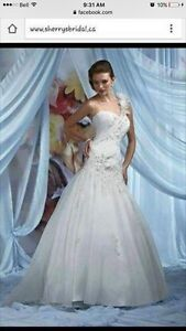 Size 8 Impressions Bridal Gown. Never worn