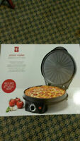 Pizza Cooker Brand New in Box