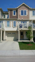 Beautiful 2 BR Townhouse in Windsong Airdrie