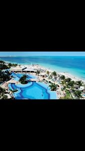 ISO timeshare week/condo/all inclusive
