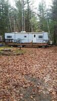 2004 CONQUEST 38 FT CAMPING TRAILER