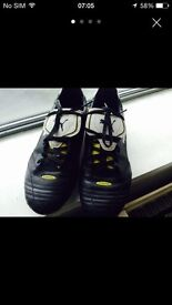 Puma gsito leather football boots moulds size 9
