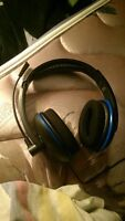 brand new turtle beach headset for ps4 (with bass boost)