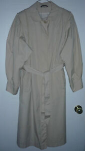 Trench Coat : Like NEW : Size 12 - 14 : Smoke Free