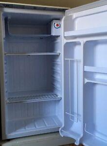 Réfrigérateur  Gatineau Ottawa / Gatineau Area image 2