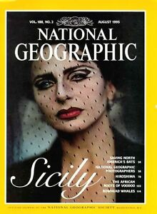 Back Issues of National Geographic Magazines 1971-2002