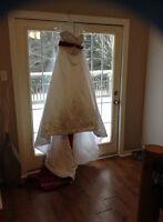 wedding dress, no reasonable offer refused