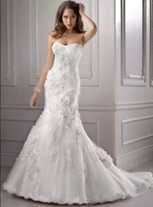 wedding dress rental and sale start from $29