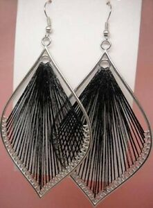 handcraft charm leaf style black dangle earrings--NEW!