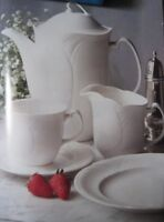 """Royal Doulton """"Profile"""" Fine Dinnerware complete set for 12 pers"""