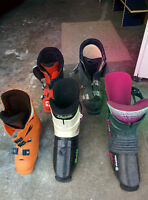 5 pairs or ski boots different sizes