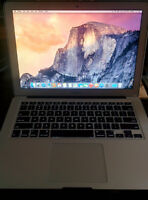 MacBook Air 13inch 128gb 8gig ram 1.8GHz