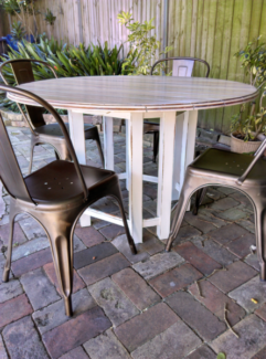Rustic Round Solid Timber Dining Table