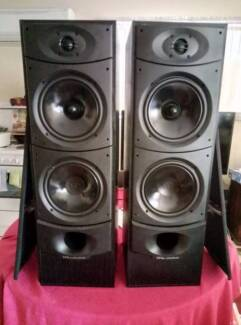 Wharfedale XARUS 4000 Speakers in Good Condition