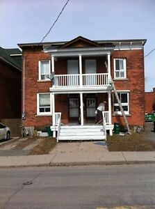 6 bedroom Centretown All Inclusive (internet and cable too)