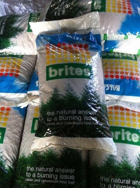Brites Wood Pellets Delivered Anywherein Castlewellan, County DownGumtree - Brites Wood Pellets In 10kg Bags and One Ton Jumbo Bags.Also Bulk Pellets Blown in and Delivered in Small Rigid Blowing Lorry with Rear Lift AxleDelivered Anywhere in the UK and Ireland in 1 ton dropsDiscount given on Multiple Ton DropsPellets are...