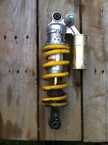 YAMAHA R1 98-03 REAR SHOCK IN VERY GOOD CONDITION