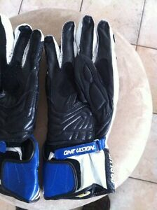 ALPINESTARS GP PLUS GLOVES NEW SIZE M Windsor Region Ontario image 5