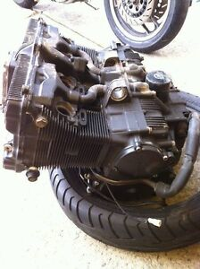 GSXR750 91 ENGINE WITH THE OIL LINES Windsor Region Ontario image 6