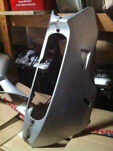 HONDA CBR600RR 03-04?? COMPLETE OEM STOCK BODY WORK KIT NO UPPER Windsor Region Ontario image 5