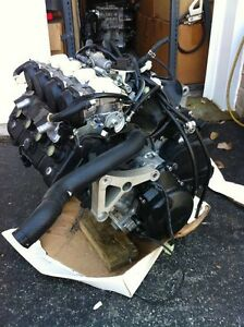 YAMAHA R6 2007 COMPLETE ENGINE CARBURATORS  WITH ONLY 1900MI Windsor Region Ontario image 7