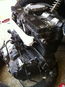GSXR750 91 ENGINE WITH THE OIL LINES Windsor Region Ontario image 1