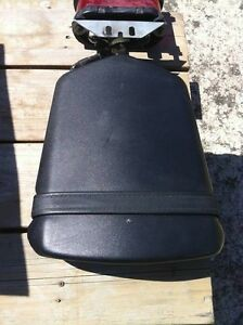 R1 YAMAHA REAR SEAT 00-01 Windsor Region Ontario image 2