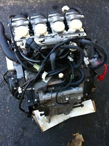 YAMAHA R6 2007 COMPLETE ENGINE CARBURATORS  WITH ONLY 1900MI Windsor Region Ontario image 3