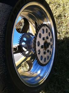PERFORMANCE MACHINE REAR WHEEL COMPLETE CBR,GSXR ZX10R R1 R6 Windsor Region Ontario image 2