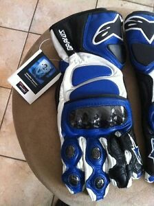 ALPINESTARS GP PLUS GLOVES NEW SIZE M Windsor Region Ontario image 1