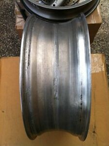 PERFORMANCE MACHINE REAR WHEEL COMPLETE CBR,GSXR ZX10R R1 R6 Windsor Region Ontario image 10