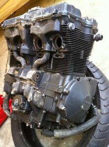 GSXR750 91 ENGINE WITH THE OIL LINES Windsor Region Ontario image 9